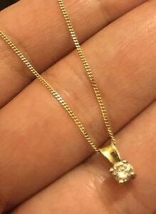 9ct-Yellow-Gold-Solitaire-Diamond-Necklace-0-30ct-Chain-Pendant