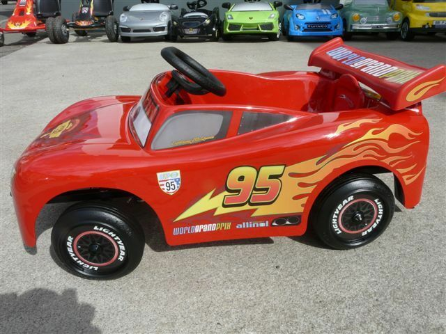 VOITURE A PEDALES SAETTA MC QUEEN TOYS TOYS