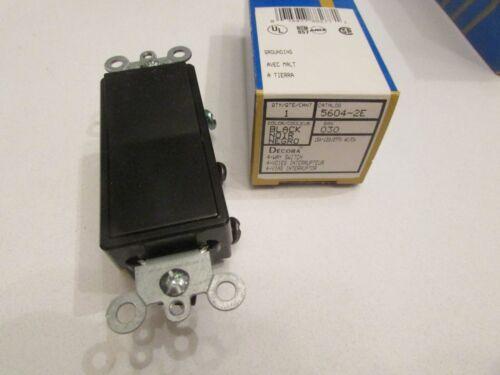 Nouveau Leviton 5604-2E 15 Amp Decora Rocker 4-Way AC Silencieux Interrupteur Noir Grounding
