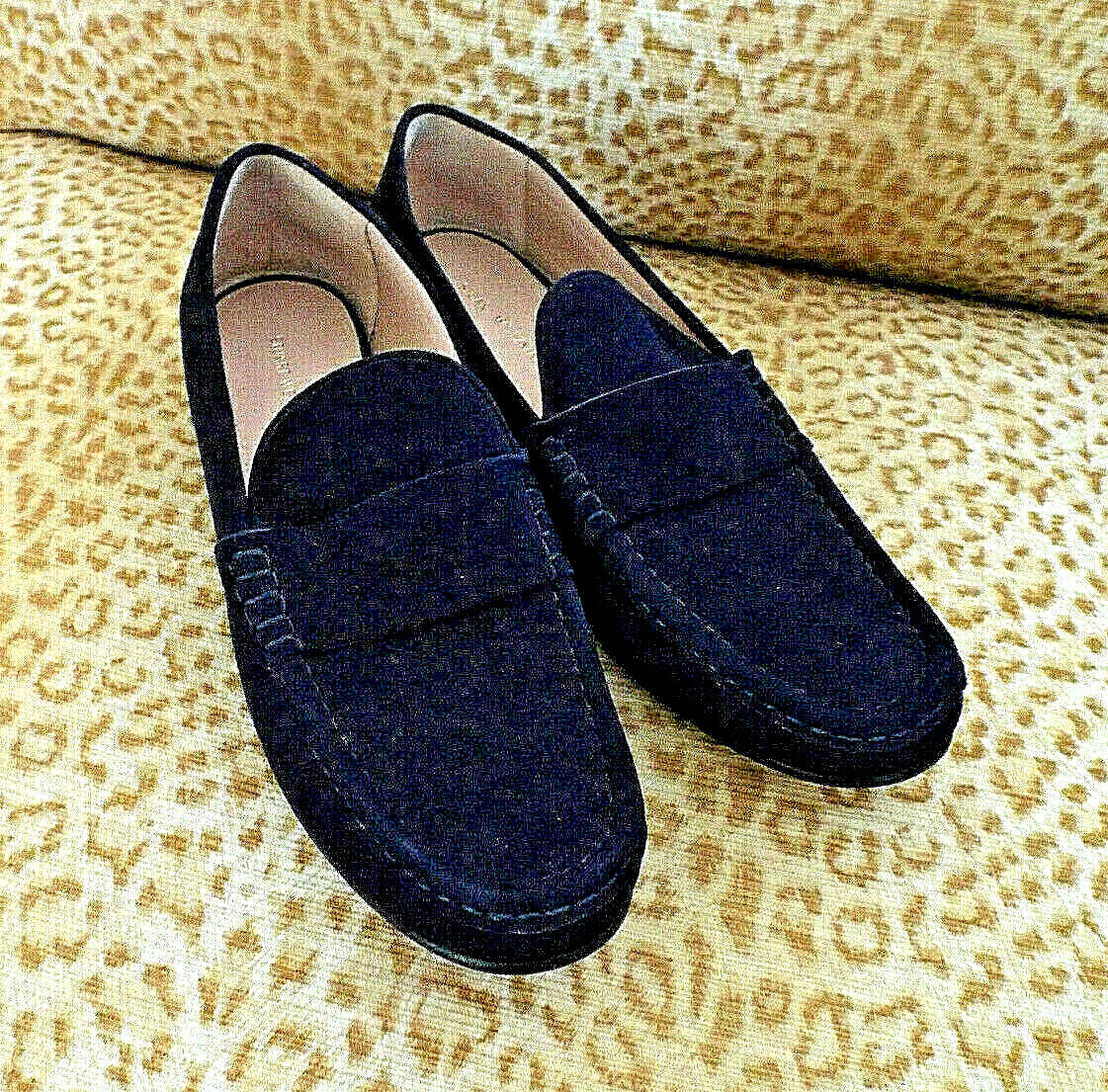 NEW***STUART WEITZMAN Sz 10.5M suede leather LOAFER navy!!