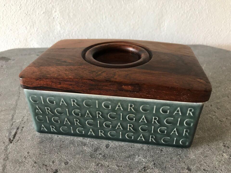 Cigartilbehør, Quistgaard cigar boks (stentøj /