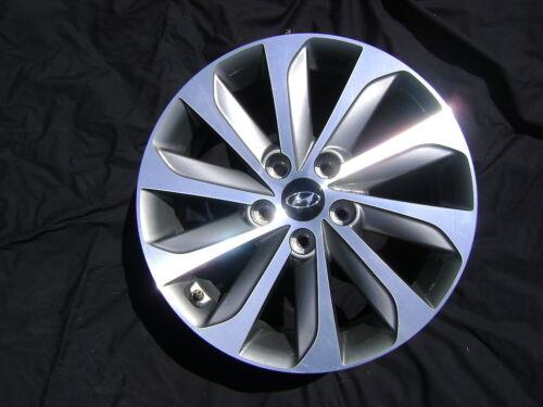 "Hyundai Sonata Sport 17/"" 17x6.5 Polished Charcoal Factory OEM Rim Wheel /& Cap"