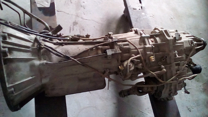 Nissan pathfinder automatic gearbox good condition