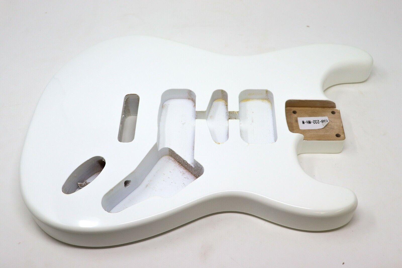 Eden® Premier Series DIY Alder Tremolo Strat Body Olympic Weiß