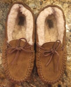 7eda9b9ce8 UGG Slippers Youth Kids Dakota Moccasin (Big Kid) Slippers Chestnut ...