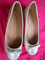 Ladies Gold Flat Shoes Size 4 BNWT