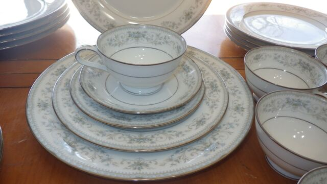 Fine China Dinnerware set Colburn by NORITAKE service 6 Blue Floral 1960 vintage