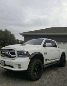GREAT CONDITION! LIFTED 18 RAM SUNROOF NAVIGATION