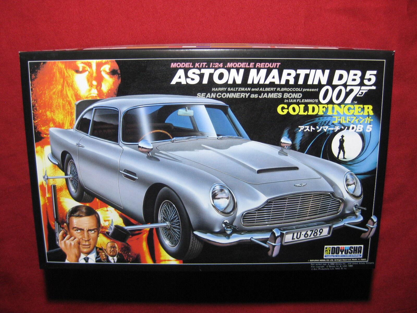 James Bond goldfinger Aston Martin DB 5 Odd Job 007 Figures Doyusha 1 24 DB5 Car