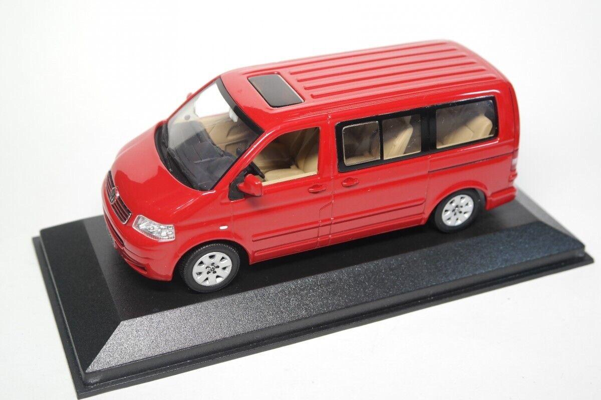 Très rare VW T5 7 H 2003 TDI Multivan Tornado rouge 1 43 Minichamps (concessionnaire modèle)