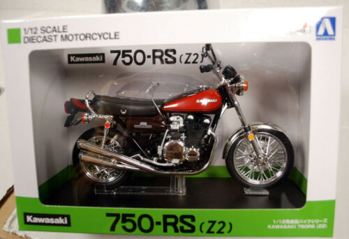 Kawasaki 750 RS Z2 Fire Ball 1:12 Aoshima 104620