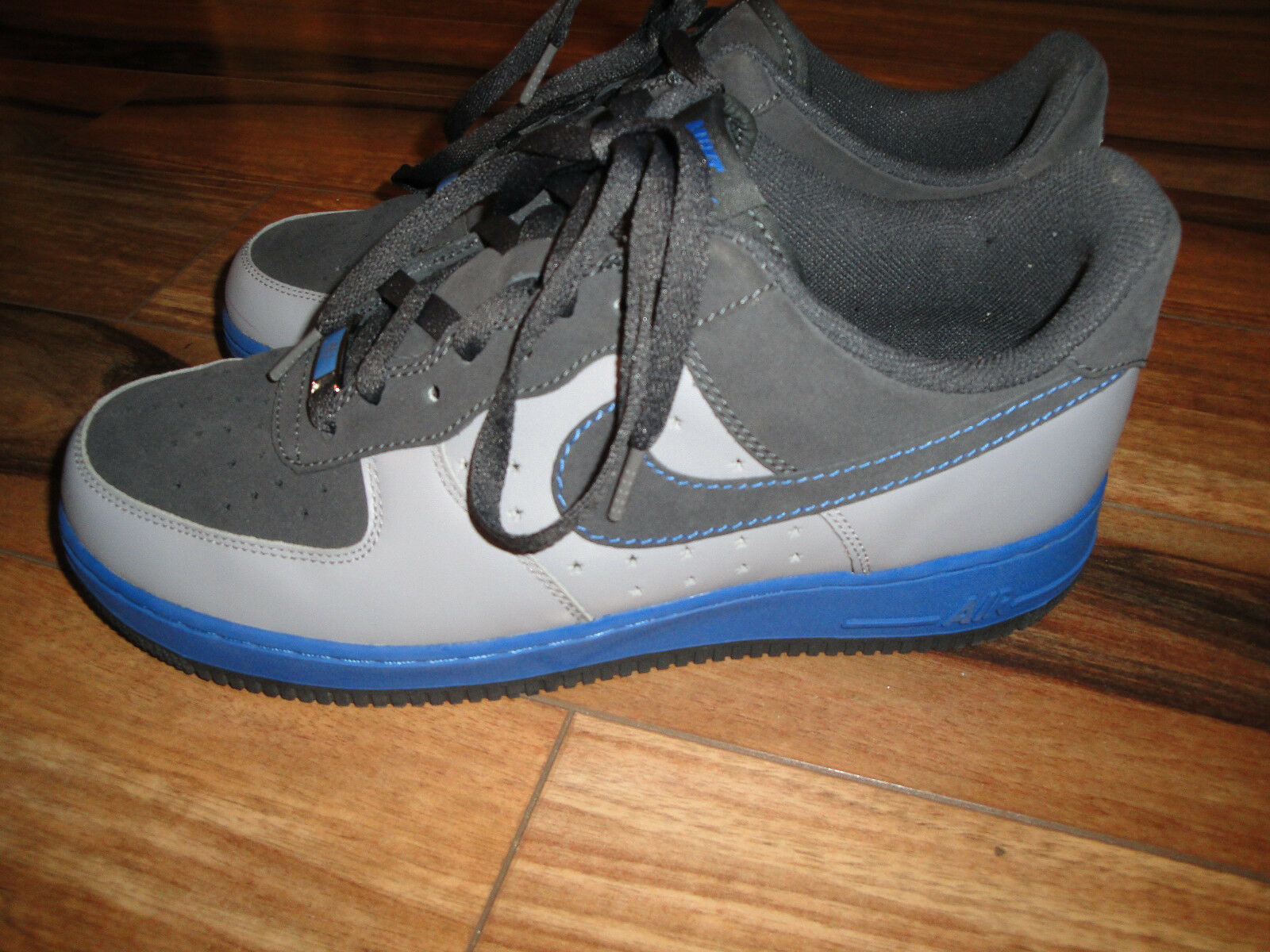 Nike Air Force 1 Low Taille 10.5 style  317295-001