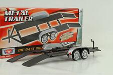 1 x Car Trailer Anhänger silver black / silber schwarz 1:24 Motormax ohne Auto