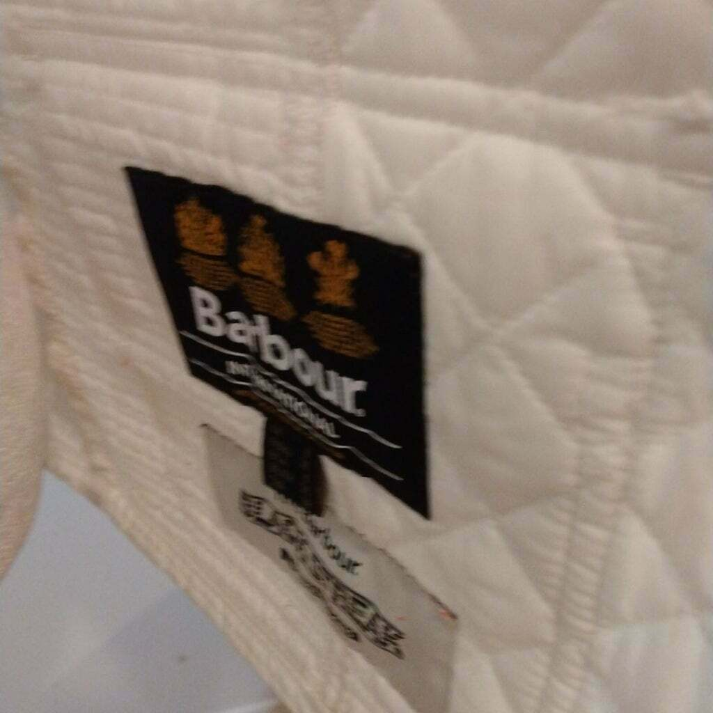 GUC QUILTED BARBOUR BELTED JACKET - image 5