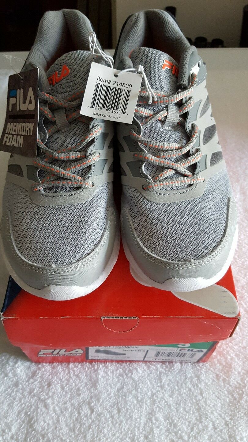 New boxed womens Fila memory foam technique trainers size  Comfortable and good-looking