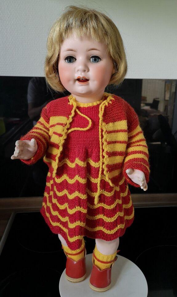 Porcelænsdukke, Antik dukke