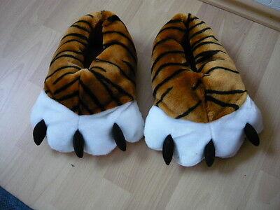 2 Paar im Set Tiger Tier Pfoten Tatzen Hausschuhe Schuhe 39 / 40