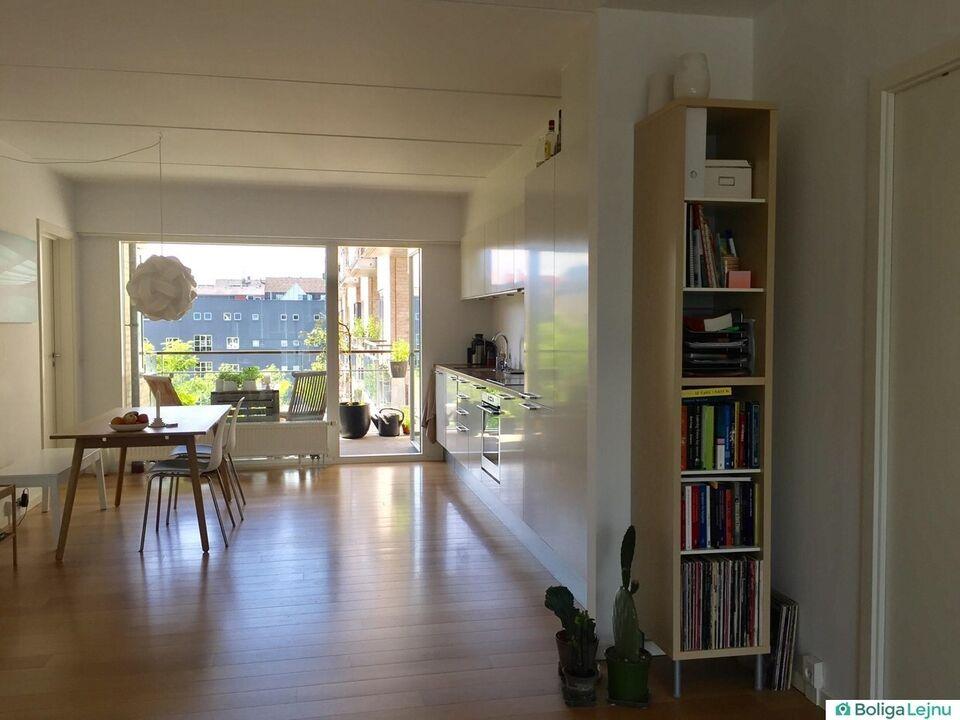 2300 3 vær. lejlighed, 83 m2, Weidekampsgade 35 3.