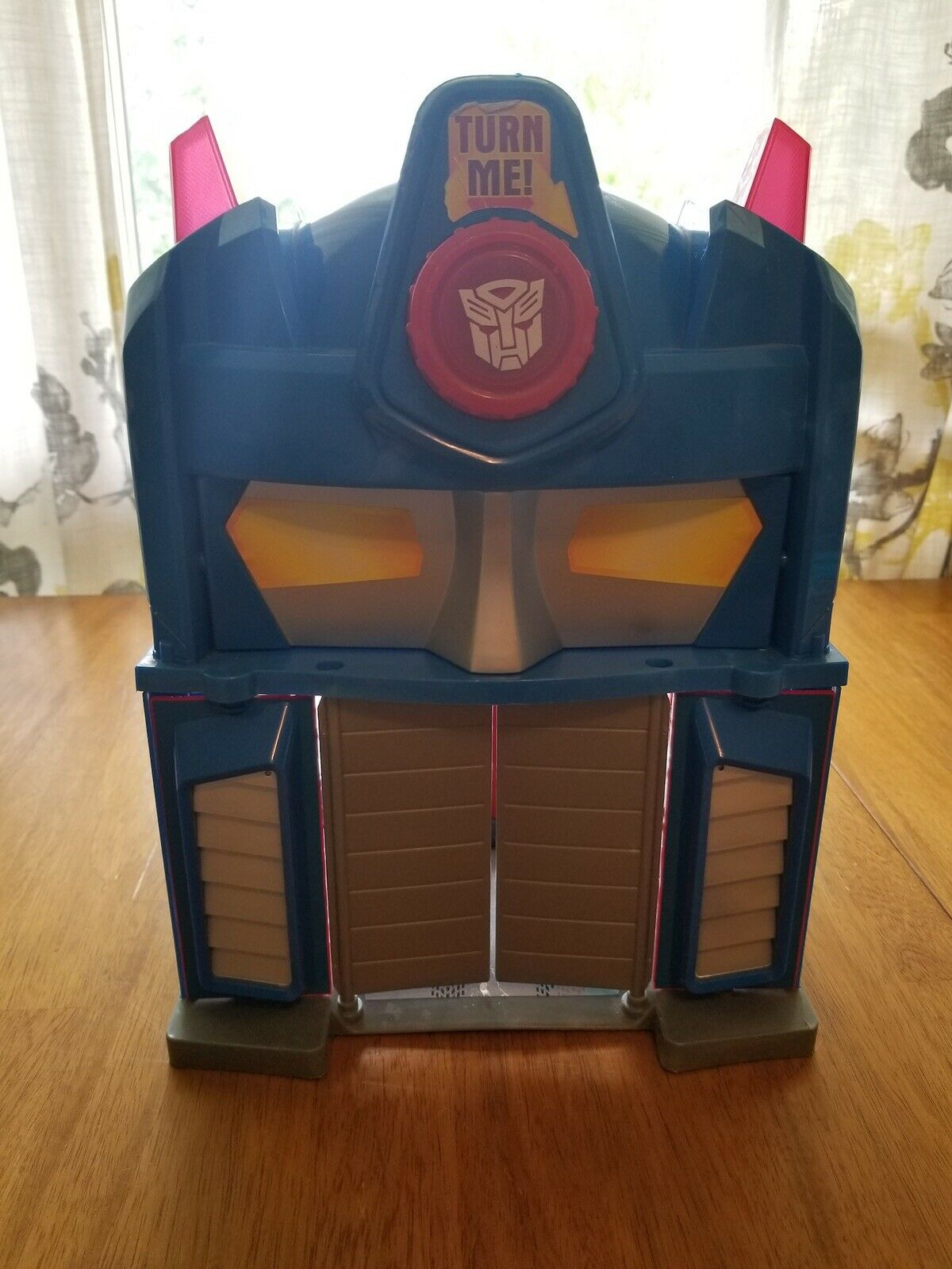 Play skool Heroes Transformers Rescue Bots Griffin Rock Firehouse Headquarters