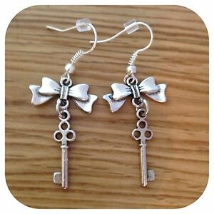 Alice-in-Wonderland-mini-Bow-key-EARRINGS