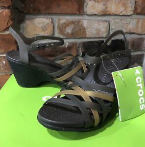 89160eb4e52f5 Women s Crocs Haurache Wedge Sandals Bronze Espresso Size 9 NEW WITH ...