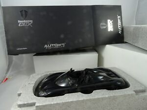 1-18-Autoart-79002-Koenigsegg-Ccx-Negro-Rareza