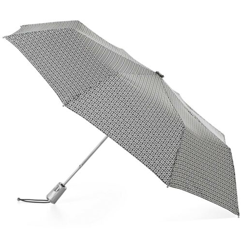 Isotoner totes Auto Open Umbrella with NeverWet Technology 8708