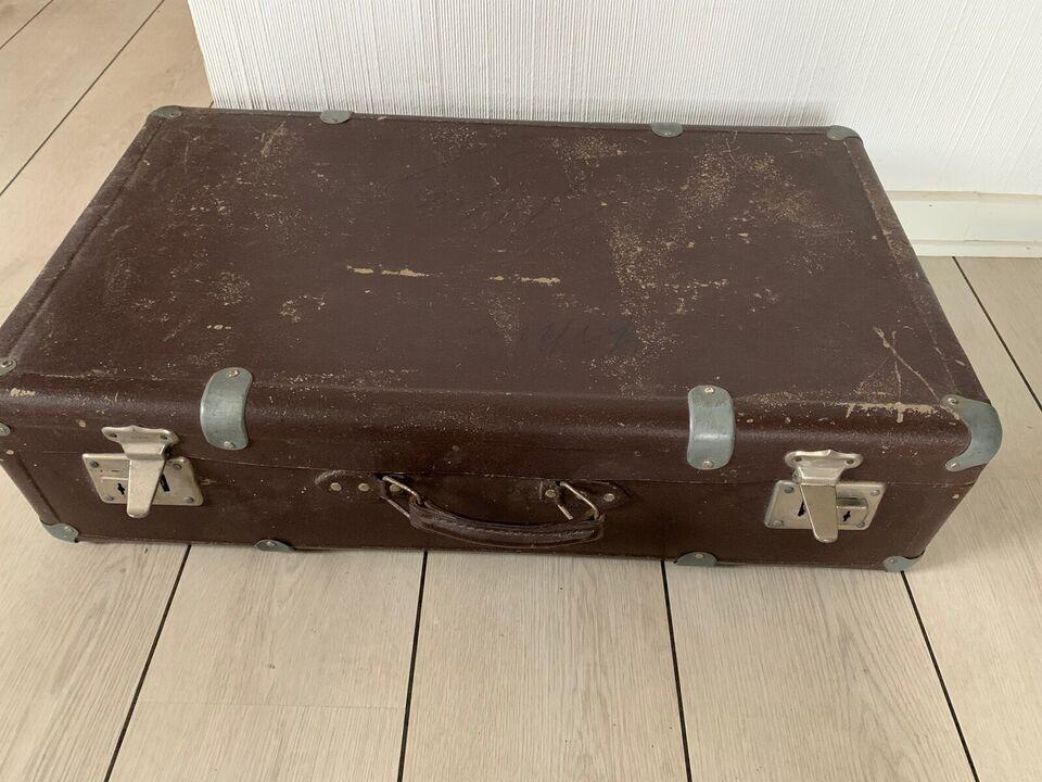 Retro kuffert til dekoration