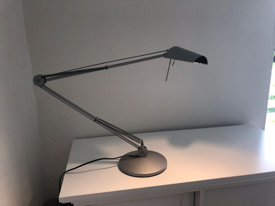 Skrivebordslampe, Luxo