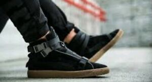 hot sale online 02e72 01aed Details about New Puma x XO The Weeknd Suede Classic 50th Military