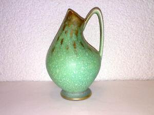 Sehr-seltene-Duemler-amp-Breiden-Vase-Henkel-Handle-Gruen-Glanzgold-Mid-Century-WGP