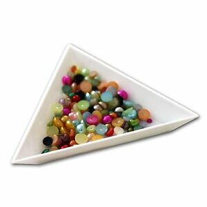 Triangle-Sorting-Tray-Rhinestone-Gems-Crystals-Beads-Nail-Art-Tools