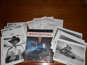 1989-PONTIAC-NASCAR-GRAND-PRIX-PRESS-KIT-PORTFOLIO-25-PHOTOS-4-NEWS-RELEASES