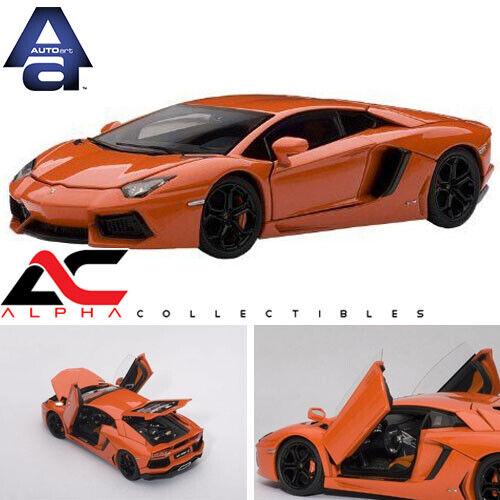 AUTOART 54647 1 43 Lamborghini Aventador LP700-4 Metallic Orange avec ouvertures