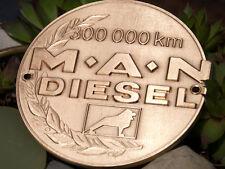 VINTAGE EMAILLE AUTO PLAKETTE # 300.000 KM MAN DIESEL MASCHINENBAUKONZERN