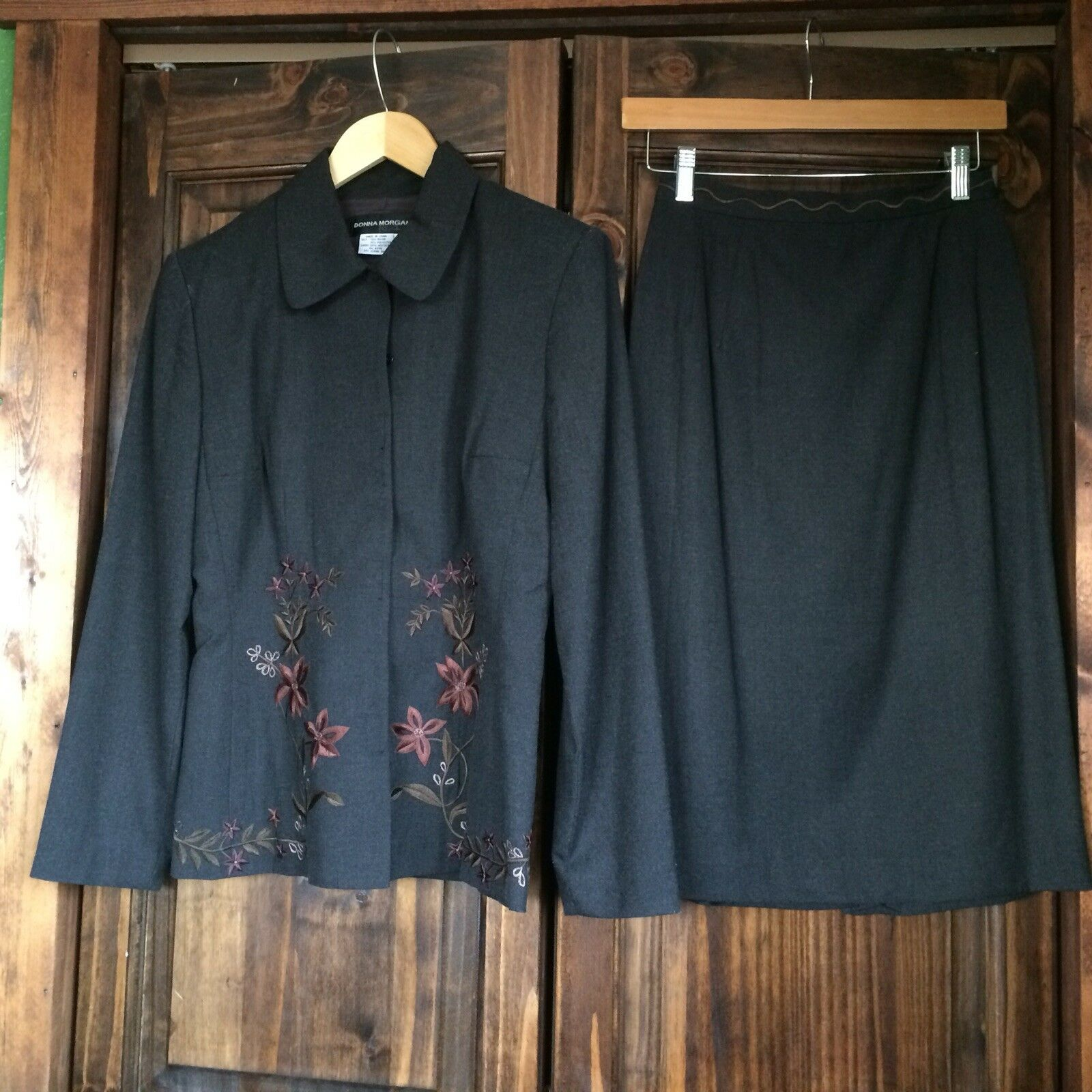 women Morgan Women's 2 Piece Skirt Suit Blazer Embroidered Size 6 Fully Lined