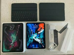 Apple-iPad-Pro-2018-11in-space-grey-256GB-wifi-Keyboard-Folio-Pencil-Dbrand