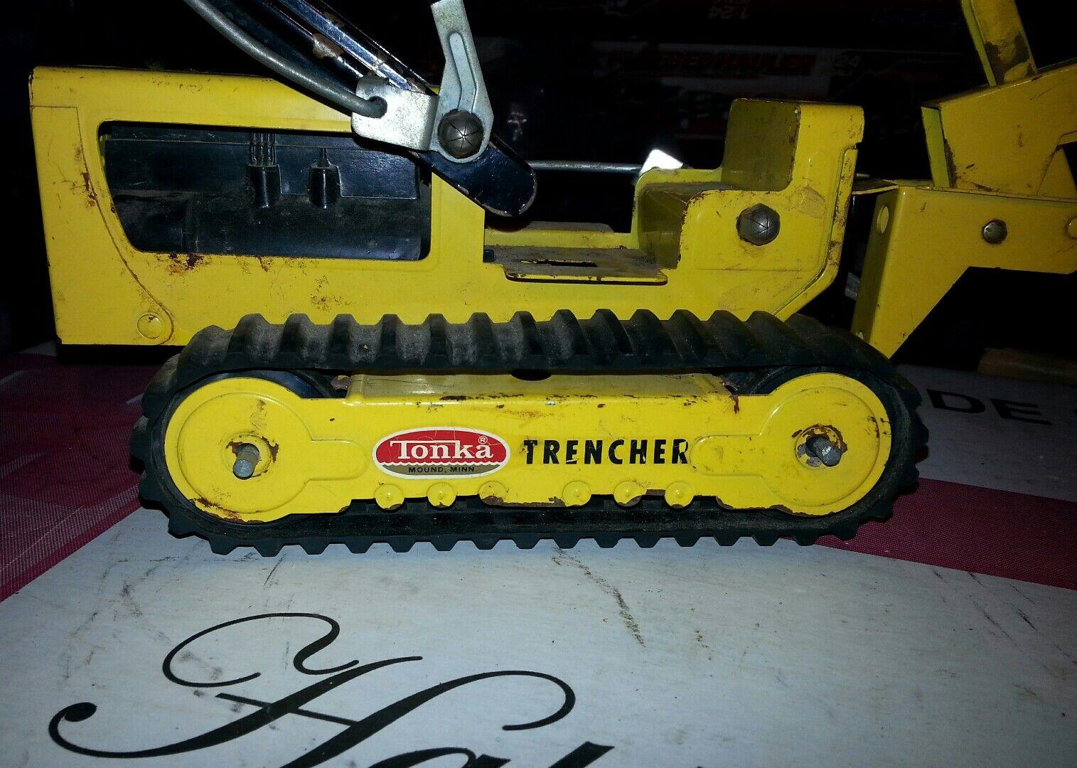 tiempo libre Vintage Tonka Amarillo Plata Negro Trencher Totalmente Funcional Funcional Funcional Juguete de acero prensado  descuento de ventas en línea