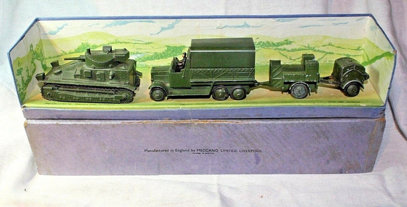 Dinky 151 Royal Tank Corps Medium Tank Set, Excellent in Original Box Pre War
