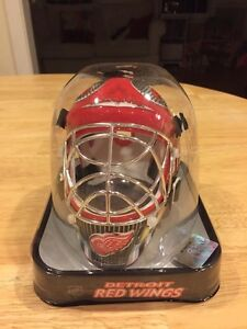 c702476f120 Image is loading Detroit-Red-Wings-Franklin-Official-NHL-Hockey-Mini-