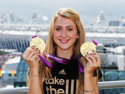 Laura Trott Unsigned Photo Olympic Gold Medalist L535 London 2012 Cleaning The Oral Cavity.