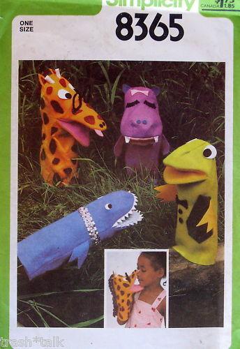Vtg 70s childrens hand Puppet Pattern storytelling Giraffe Shark Hippo Frog FF