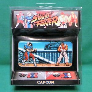 Street Fighter Enamel Pin Diorama Ryu vs Chun-Li Japan Stage Set SEALED Capcom