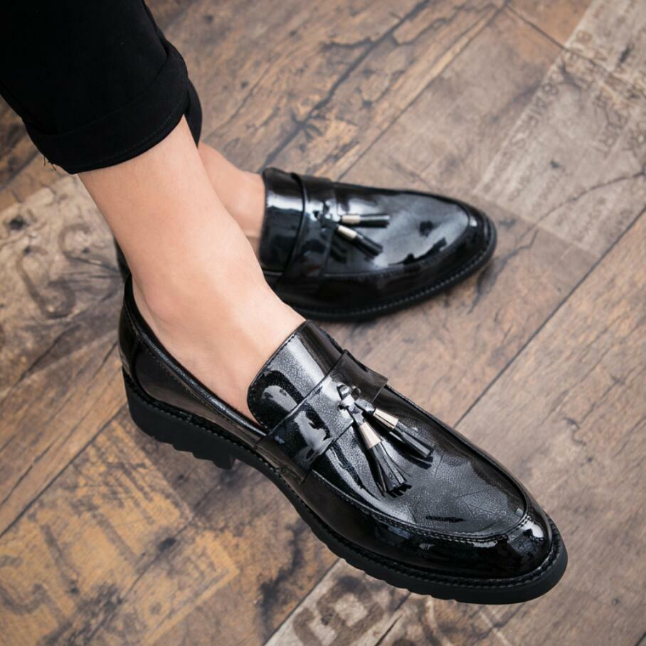 Mens Pointy Toe Patent Leather Slip On Loafers Moccasins Gommino Driving shoes