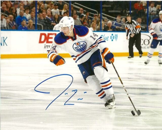 Edmonton Oilers Jordan Eberle Signed Autographed 8x10 Photo COA SIX