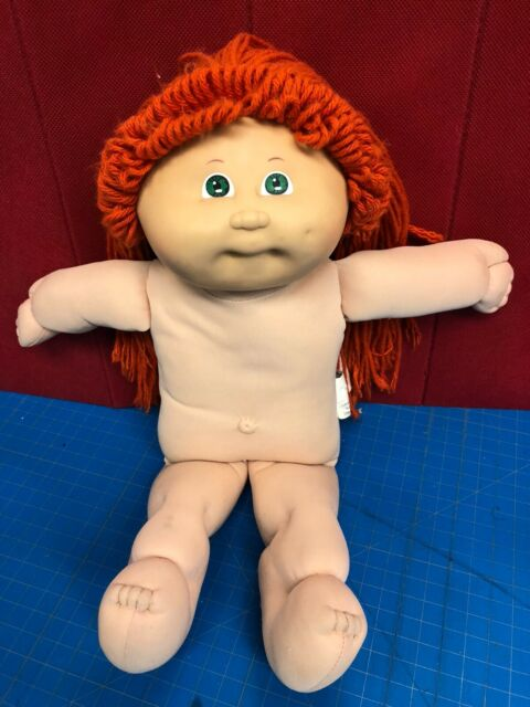 1978 1982 Vintage Ginger Redhead Cabbage Patch Kids Doll  Xaviar Roberts signed