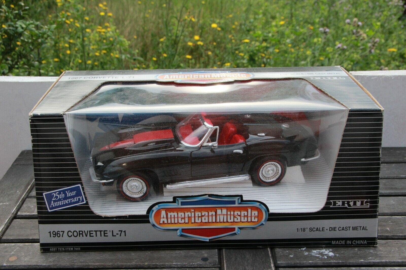 Ertl Chevrolet Corvette L-71 Cabriolet 1 18 7445 American Muscle