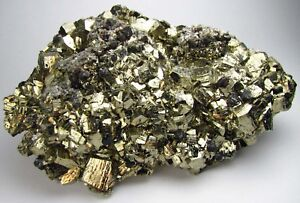 PYRITE-PENTADODECAHEDRAL-XLS-GALENAS-amp-SIDERITES-from-PERU-QUIRUVILCA-MINE