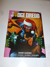 2000 AD Comic - JUDGE DREDD Season's Beatings - GIFT JUDGE DREDD MEGAZINE No 279