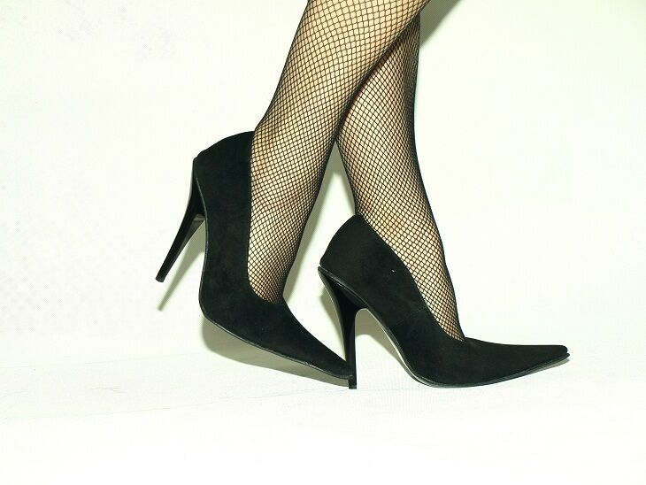 BLACK OR ROT SUEDE PRODUCER PUMPS SIZE 5-16 HEELS-5,5